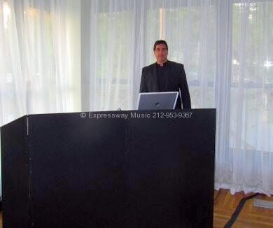 Battery Gardens DJ Dave Swirsky
