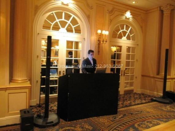 DJ Dave Swirsky at Essex House NYC