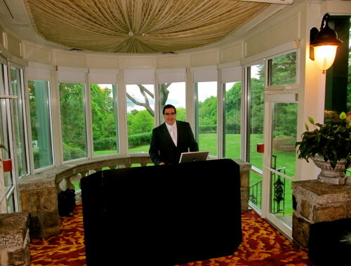 DJ Dave Swirsky at Tappan Hill Mansion
