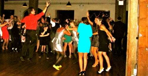 Huge Dancing Crowd!!