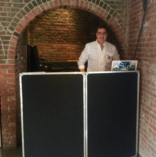 dj dave swirsky at wedding long island city the foundry