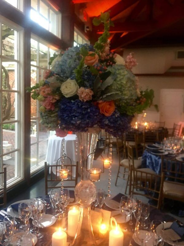 Flower arrangement at Central Park Boathouse