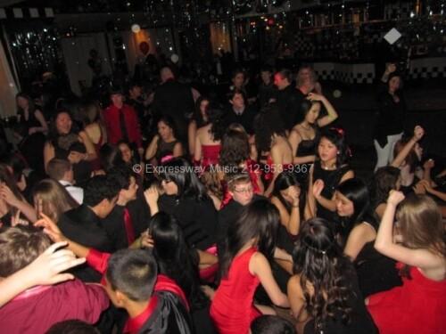 Club Illusions full dance floor