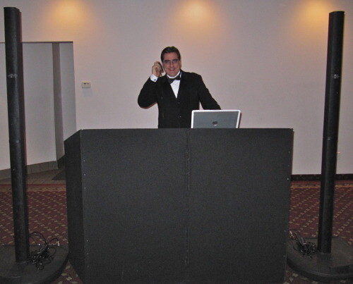 DJ Dave Swirsky from Expressway Music