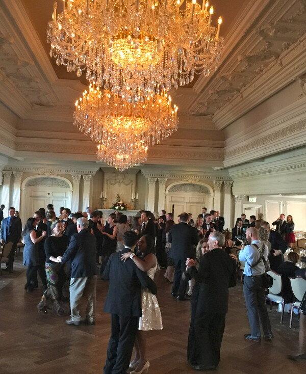 Park Savoy Estate full dance floor during wedding