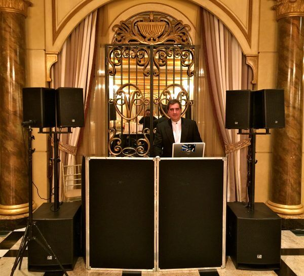 DJ Dave Swirsky at for weddnig at Venetian