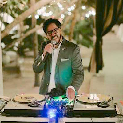 Cool Wedding Disc Jockey